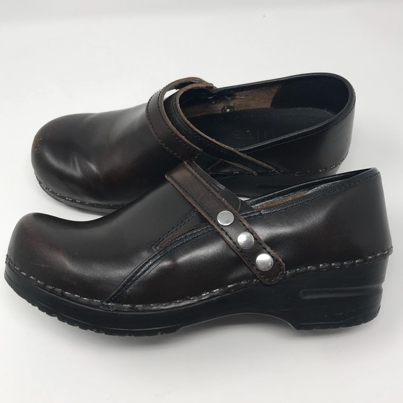 The Best Womens Sz 37 Us 6.5-7 Sanita Gray Patent Leather Maryjane Clog Shoes Women's Shoes